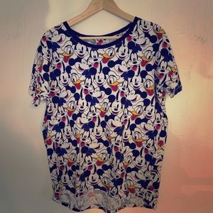 Disney-all over character print tee!